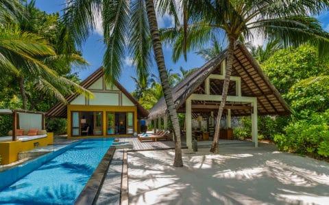 Four-Seasons-at-Landaa-Giraavaru-Beach-Villa-with-Pool