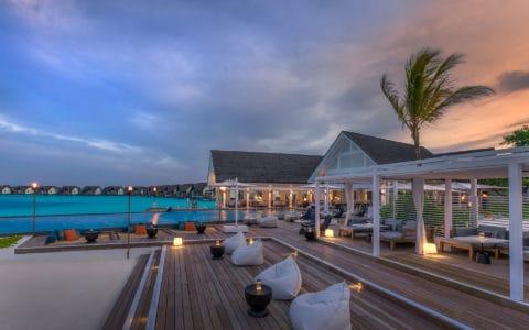 Four-Seasons-at-Landaa-Giraavaru-Blu-Beach-Club.
