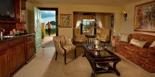 Beachfront One Bedroom Butler Villa Suite