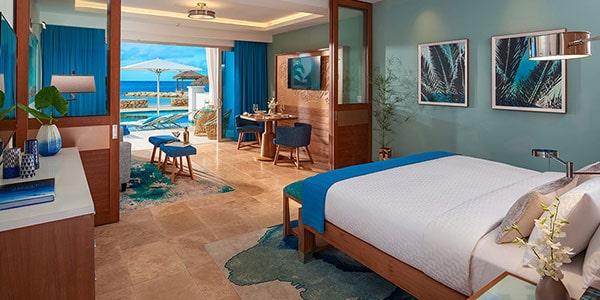 Beachfront-Swim-up-Millionaire One Bedroom Butler Suite