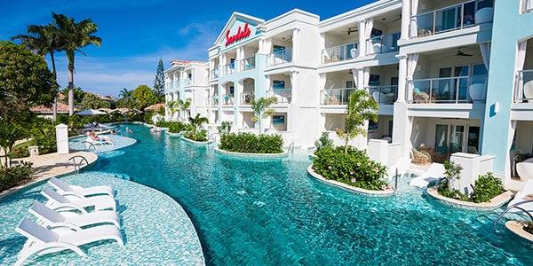 Crystal Lagoon Swim-up Club Elite Luxury Room
