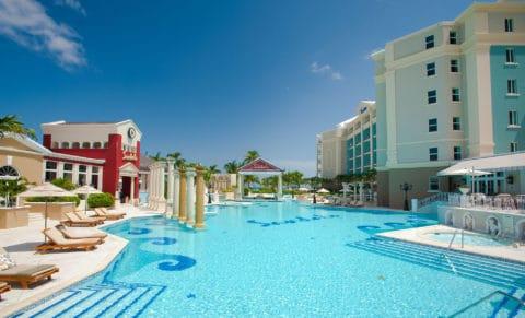 Royal-Bahamian-Pool