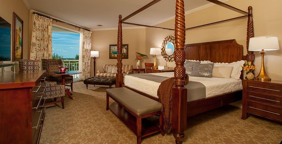 Windsor Honeymoon Oceanview Club Level Suite