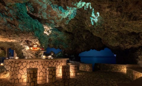 The Caves Hotel Jamaica Bar