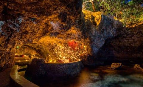 The Caves Hotel Jamaica Bar