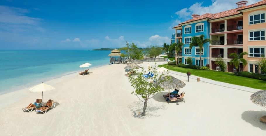 Sandals South Coast Beachfront Grande Luxe Club Level Suite