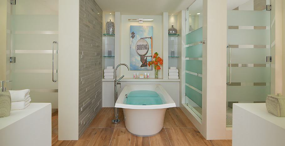 Beachfront_Prime_Minister_One_Bedroom_Butler_Suite_with_Private_Pool_and_Patio_Tranquility_Soaking_Tub