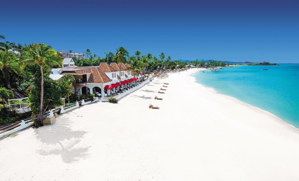 Sandals Grande Antigua Beach