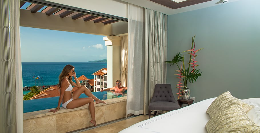 Italian Oceanview 1 Br. SkyPool Butler Suite w Soaking Tub