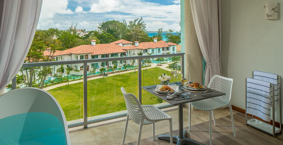Royal_Seaside_Penthouse_Oceanview_Crystal_Lagoon_Club_Level_Barbados_Suite_with_Balcony_Tranquility_Soaking_Tub
