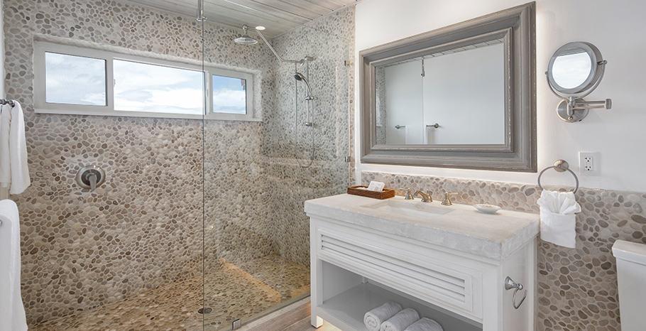 Galley Bay Resort & Spa Superior Deluxe Bathroom
