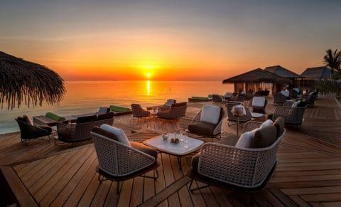WA-Maldives-Ithaafushi-Amber-Sunset_HR
