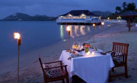 Halcyon-Beach-Dining