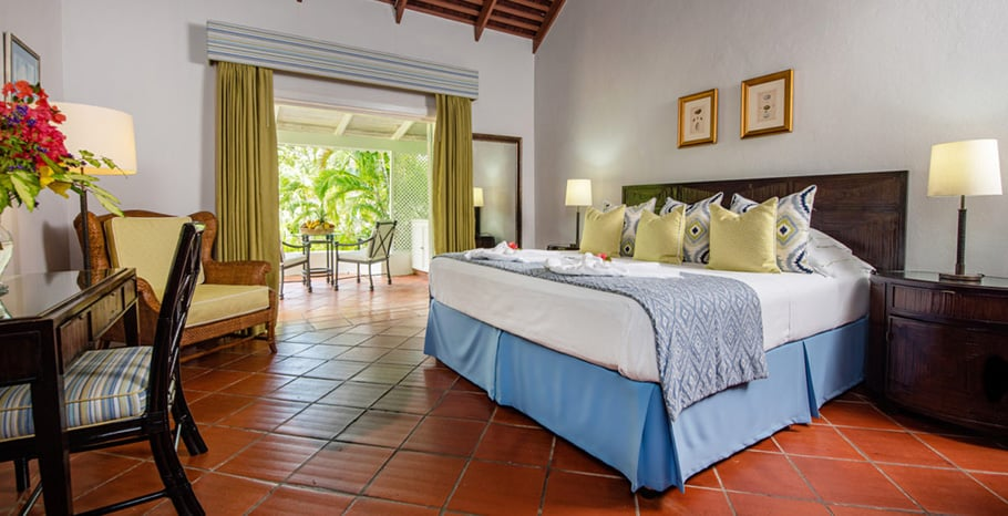 eastwinds-deluxe-cottage-room