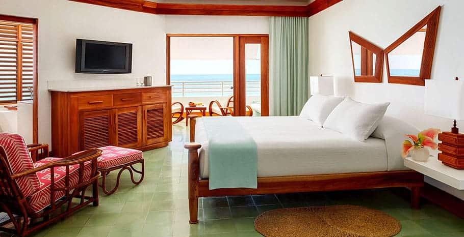 Couples Swept Away Jamaica Great House Ocean Suite