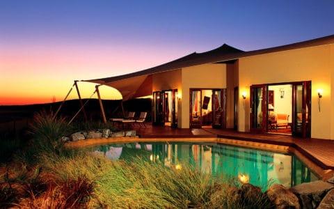 Al-Maha-Royal-Suite-private-pool