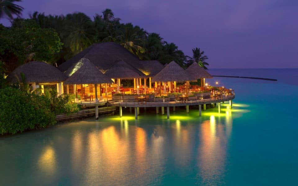 Baros-Maldives_Cayenne-Restaurant