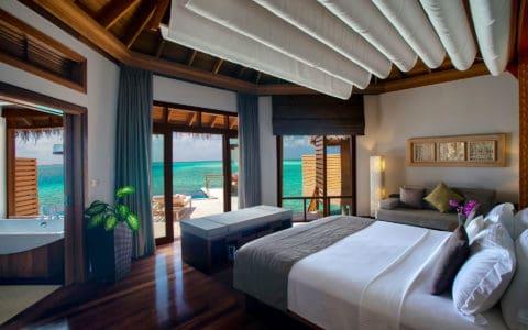Baros-Maldives_Water-Pool-Villa_Interior