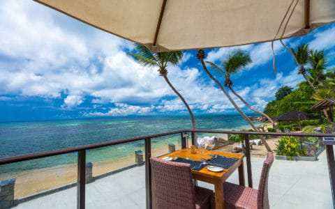 Coco-De-Mer-Hotel-&-Black-Parrot-Suites-Hibiscus-Restaurant