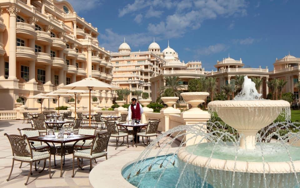 Emerald-Palace-Kempinski-Dubai_Le-Jardin_Terrace