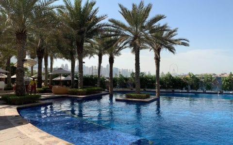 Fairmont-The-Palm-Pool