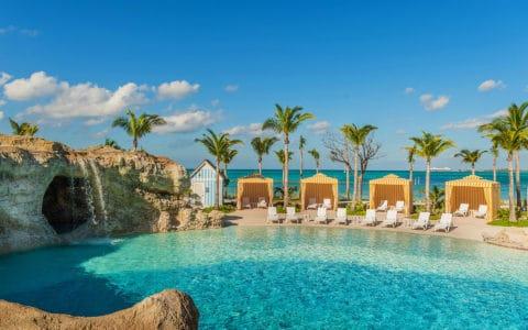 Grand-Hyatt-Baha-Mar_Beach_Sanctuary_Deans_Blue_Hole_Cabanas