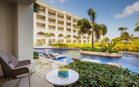 Hyatt-Zilara-Rose-Hall-One-Bedroom-Ocean-View-Swim-Up-Butler-Suite-Terrace