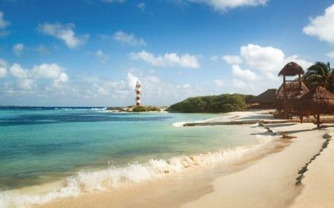 Hyatt-Ziva-Cancun-Beach1
