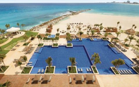 Hyatt-Ziva-Cancun-Pool2
