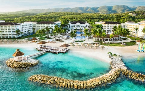 Hyatt-Ziva-Rose-Resort