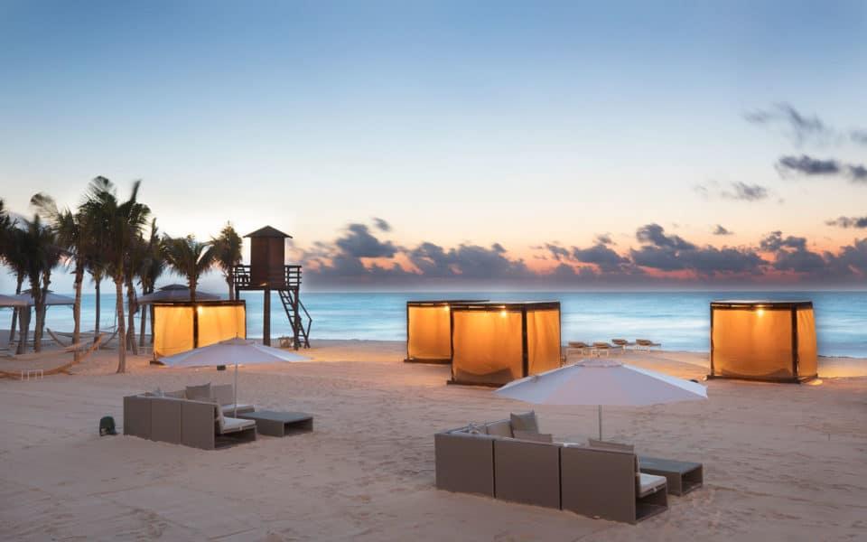 Le-Blanc-Spa-Resort-Beach-Cabana