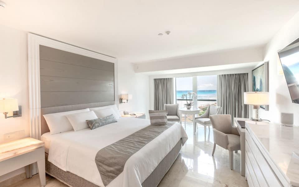 Le-Blanc-Spa-Resort-Royale-Deluxe-Partial-Ocean