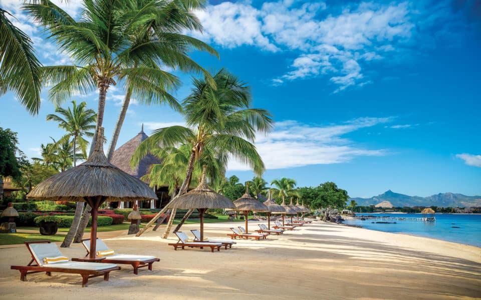 The Oberoi Beach Resort Main Beach
