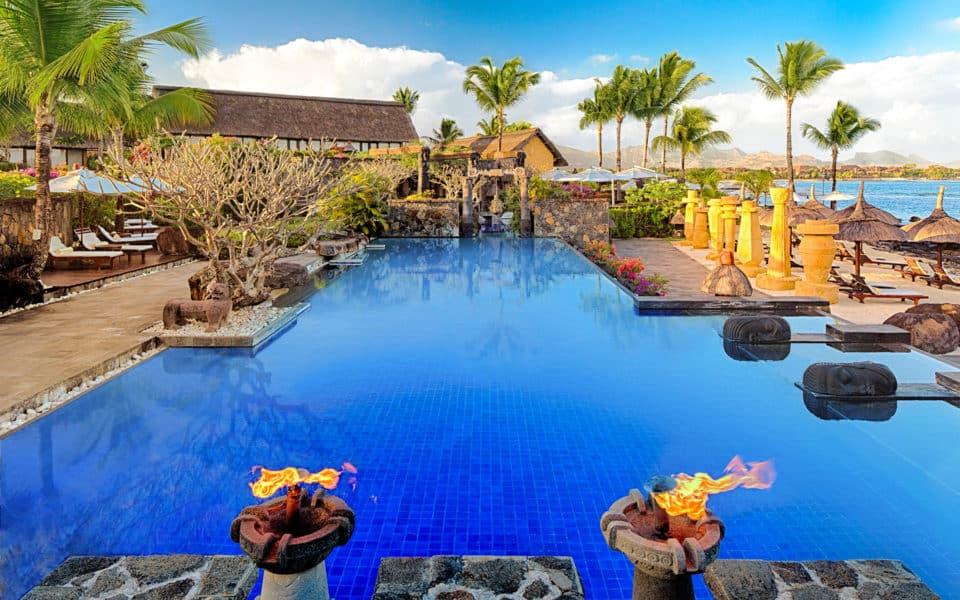 The Oberoi Beach Resort Main Swimming Pool