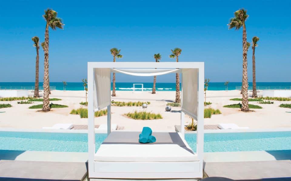 Nikki-Beach-Dubai-Beach