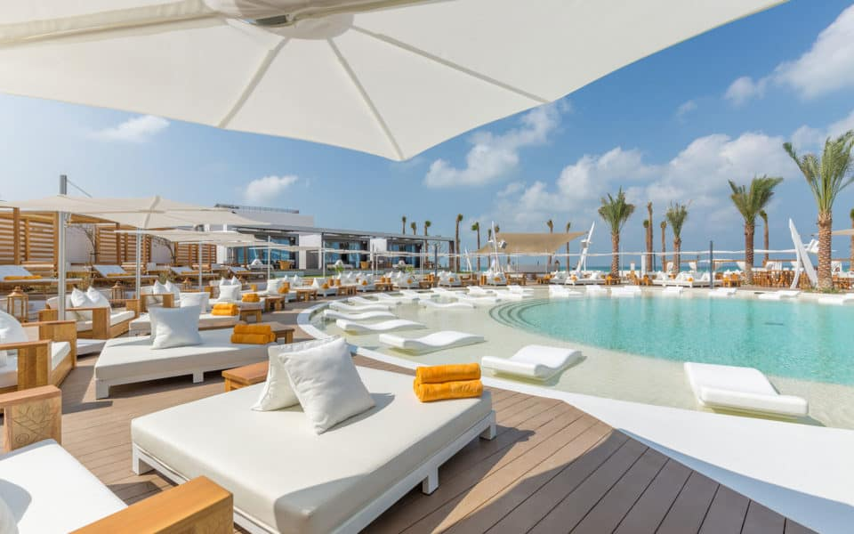 Nikki-Beach-Dubai-Pool