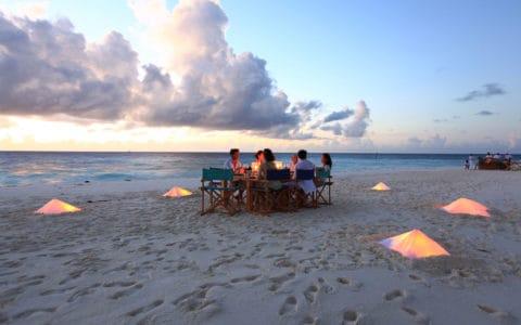 Six-Senses-Laamu-Sandbank-Dining