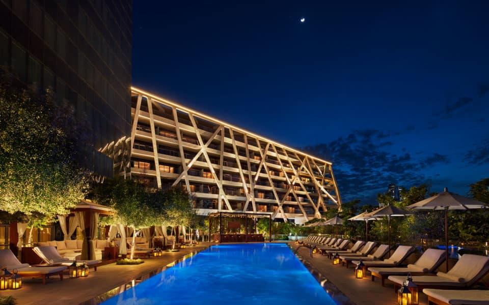 The-Abu-Dhabi-Edition-Pool-Night