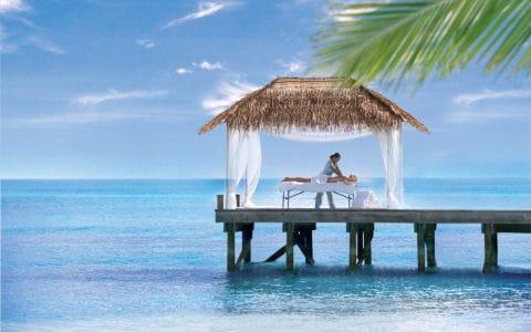 The-Sun-Siyam-Iru-Fushi-Outdoor-Massage