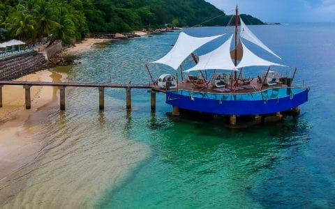 Coco-De-Mer-Hotel-&-Black-Parrot-Suites-Jetty1