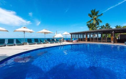 Coco-De-Mer-Hotel-&-Black-Parrot-Suites-Pool