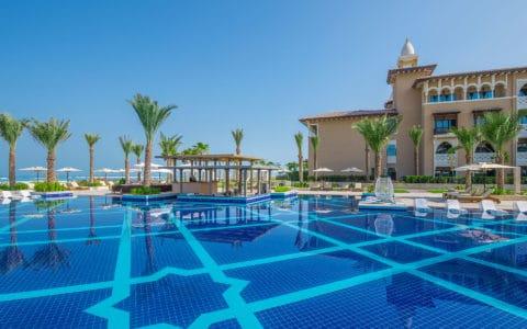 Rixos-AUH-Saadiyat-Main-Swimming-Pool-1