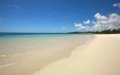 long-beach-mauritius--beach