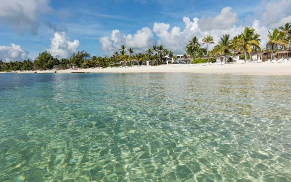 long-beach-mauritius--beach2