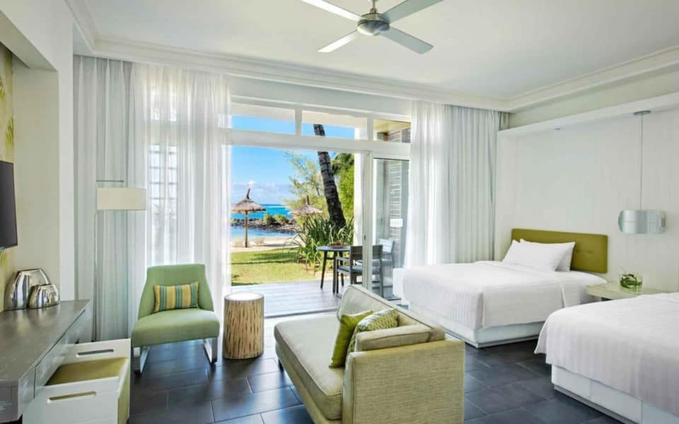 long-beach-mauritius--rooms-junior-suite-ocean-front