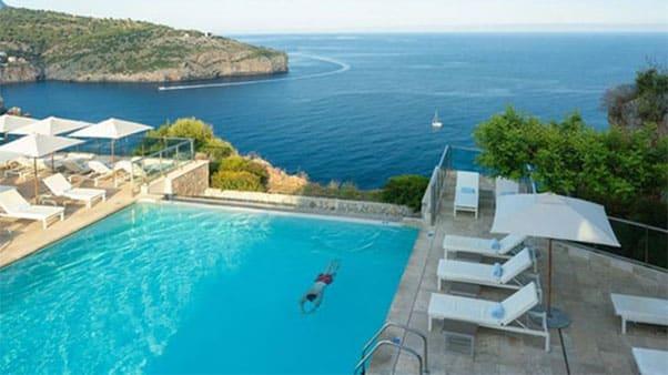Mallorco Infinity Pool